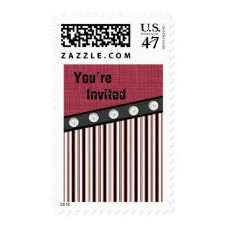El botón abajo raya negro blanco rojo que le timbres postales