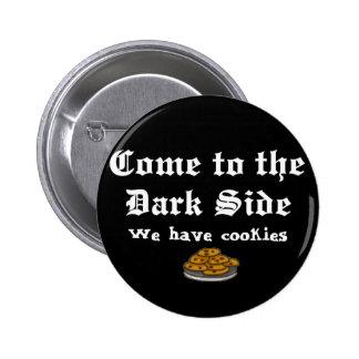 El botón de la comedia viene al lado oscuro pin