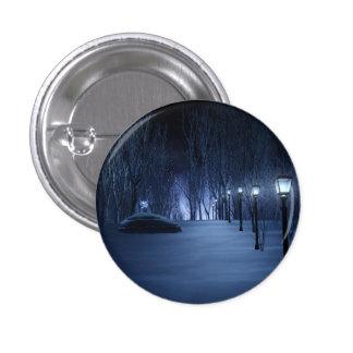 El botón ligero del tonto pins