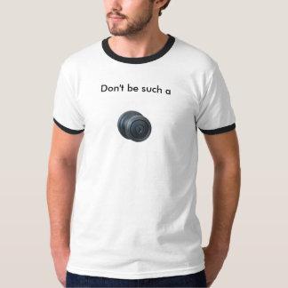 el botón, no es tal a playera