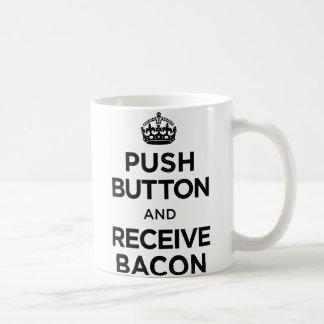 El botón recibe el tocino - guarde la parodia tran taza