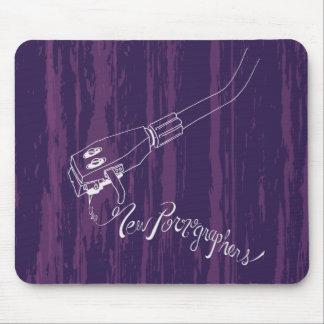 El brazo de registro de los nuevos pornógrafos mouse pad
