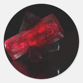El brillar intensamente rojo cristalino pegatina redonda