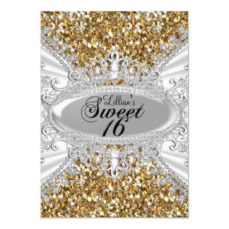 """El brillo del oro y el dulce 16 de la tiara del invitación 5"""" x 7"""""""