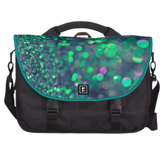 El brillo verde que relucir pela el bolso del bolsas para ordenador
