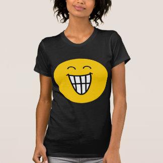 El bromear alrededor de cara sonriente camisetas