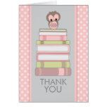 El búho dulce en los libros le agradece cardar