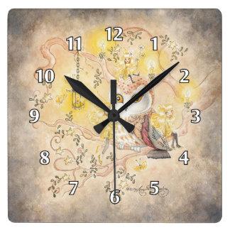El búho, la linterna y los Faeries Reloj