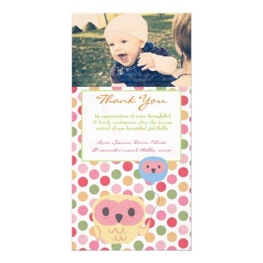 El búho le agradece observar la plantilla de la tarjeta con foto personalizada