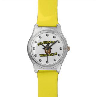 El búho lo cree cuando lo veo reloj