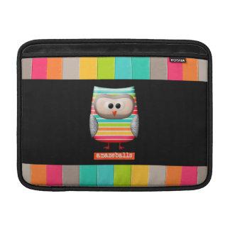 El búho rayado asombroso de Amazeballs Fundas MacBook