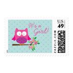 El búho rosado en una rama personalizó sellos