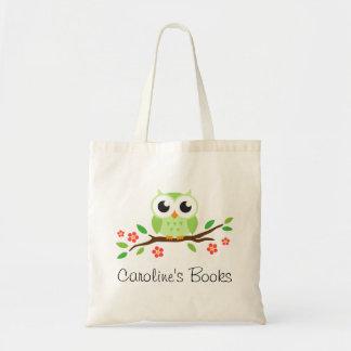El búho verde lindo en rama personalizó el libro bolsa de mano