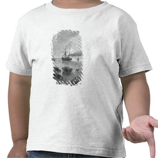 El buque de vapor Vladivostok en el río Yangzi Camisetas