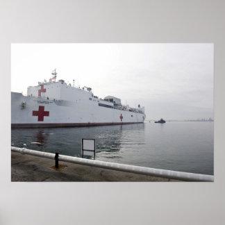 El buque hospital militar del comando del Sealift Póster