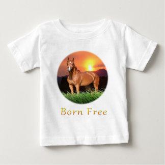 El caballo de Brown diseña puesta del sol Tee Shirt