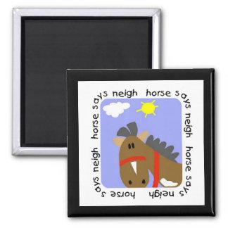 El caballo dice las camisetas y los regalos del re iman de nevera