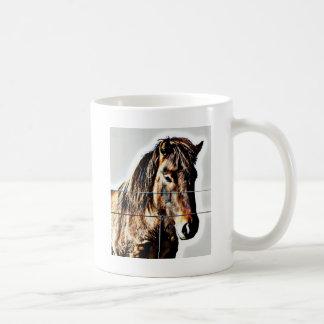 El caballo islandés - amigo real taza básica blanca