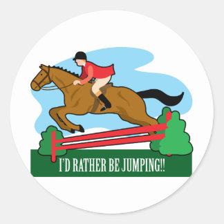 El caballo salta pegatina redonda