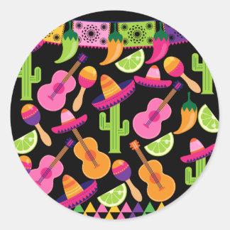 El cactus del sombrero del fiesta de la fiesta pegatina redonda