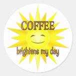 El café aclara etiquetas redondas