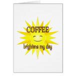 El café aclara tarjetas