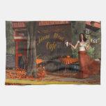 El café de la carne asada del otoño toalla