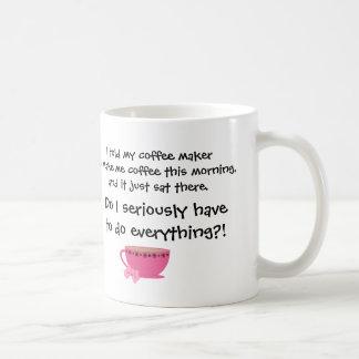 El café divertido bromea arco femenino del rosa de taza básica blanca