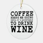 El café me guarda el ir hasta el vino ornamento de reyes magos