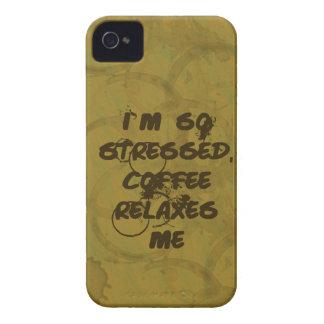 El café me relaja el iPhone 4/4S Barely There iPhone 4 Protectores