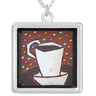 el café puntea el collar