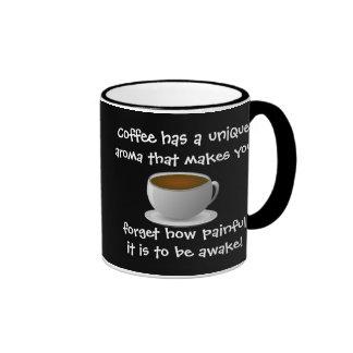 El café tiene un aroma único que haga que usted taza a dos colores