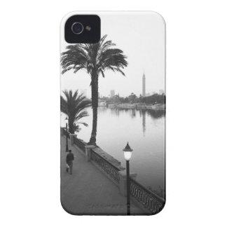 El Cairo Egipto, a lo largo del río Nilo Case-Mate iPhone 4 Protectores