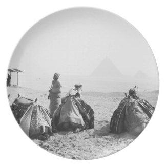 El Cairo pirámides de Egipto, Giza de los jinetes  Platos De Comidas
