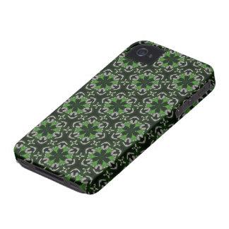 El caleidoscopio soña verdes y blanco del vitral iPhone 4 Case-Mate protectores