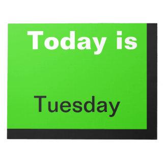 El calendario visual equipa el día de la nota de m libreta para notas
