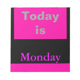 El calendario visual equipa el día de la semana lu libreta para notas