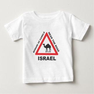 El camello firma adentro Israel Playera De Bebé