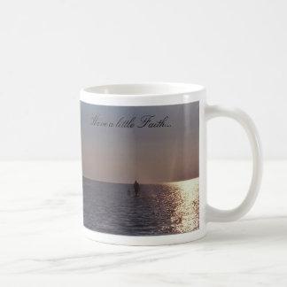 El caminar con la fe tazas de café