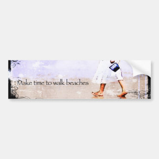 El caminar de la playa pegatina de parachoque