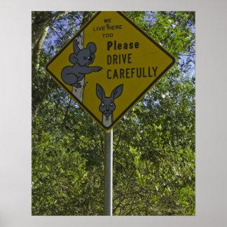 El camino canta a motoristas amonestadores sobre e póster