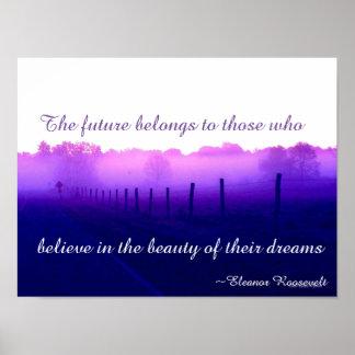 El camino púrpura soña el poster II al lado del