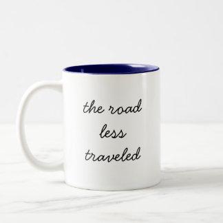 el camino viajó menos, taza