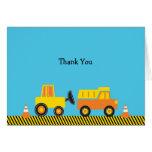 El camión de la construcción le agradece las tarje tarjeta