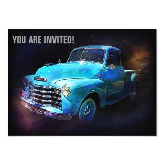 El camión retro está fuera de este mundo invitación 11,4 x 15,8 cm