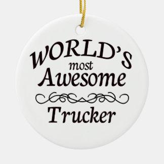 El camionero más impresionante del mundo adorno redondo de cerámica