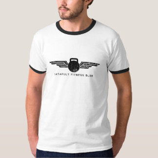 El campanero T de los hombres de CFB Camisas