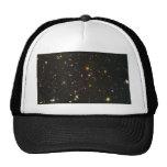El campo ultra profundo de Hubble Gorras
