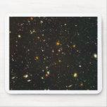 El campo ultra profundo de Hubble Tapete De Raton