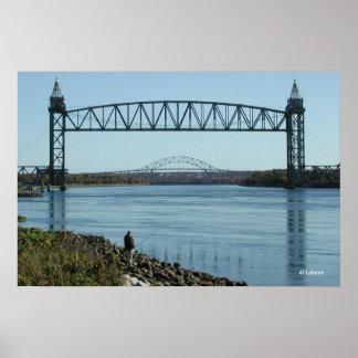 El canal de Cape Cod tiende un puente sobre la fot Impresiones